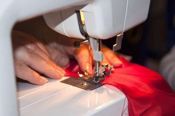 Ремонт швейных машин с выездом на дом, стаж 35 лет
