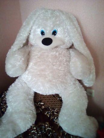 Мягкая игрушка(большой заяц)