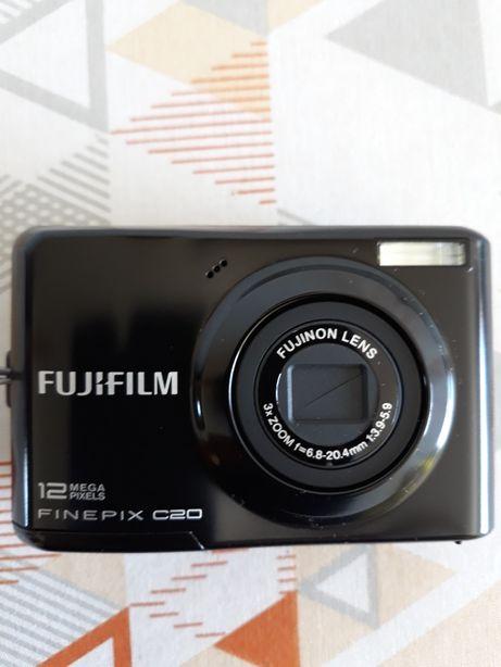 Maquina fotográfica fugifilm 12 megapixel c20