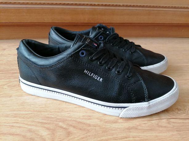 Tommy Hilfiger buty r 41 czarne