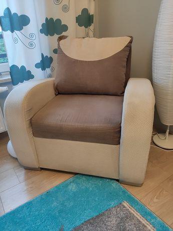 Fotel jednoosobowy beżowy