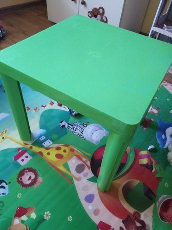 Stolik plastikowy dla dziecka