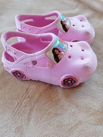 Crocs barbie menina C8