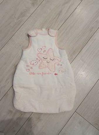 Śpiworek niemowlęcy dla dziewczynki .