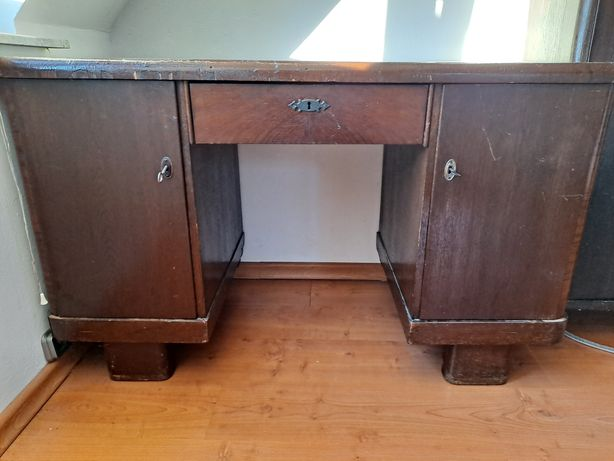 Biurko klasyczne drewniane