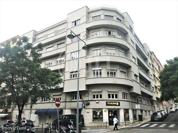 Apartamento T3+1 completamente renovado na Rua Rodrigo da...