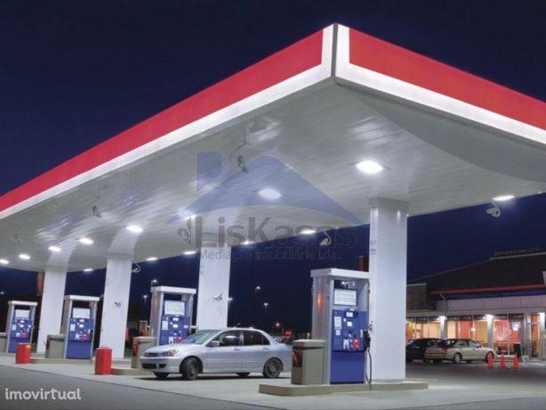 Posto de combustível em funcionamento, Setúbal