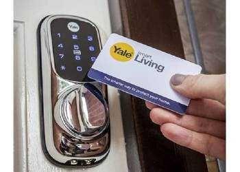Zamek Cyfrowy YALE KEYLESS Smart Lock