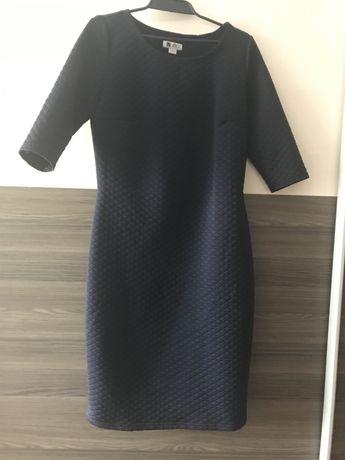 Pikowana sukienka rozmiar L