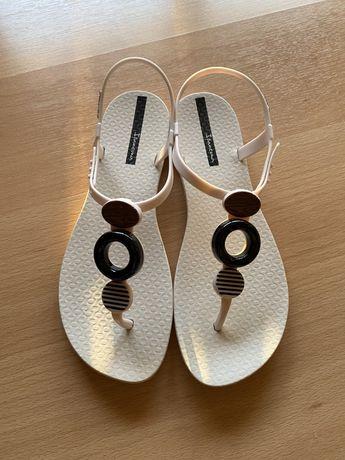 Completamente NOVAS, nunca usadas | Sandálias originais IPANEMA
