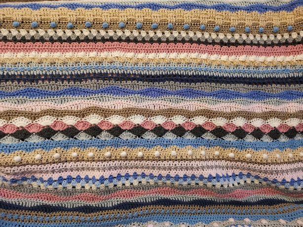 Koc szydełkowy handmade ręcznie robiony na szydełku 150x175