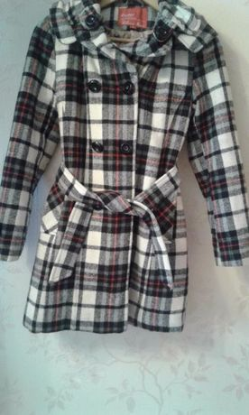 Пальто демисизоннное на девочку