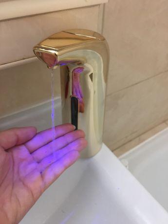 Dozownik do mydła automatyczny nowy i sprawny