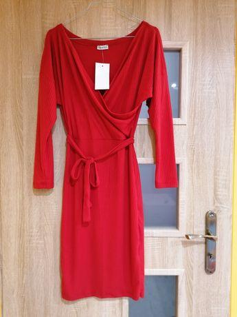 Czerwona sukienka s/m
