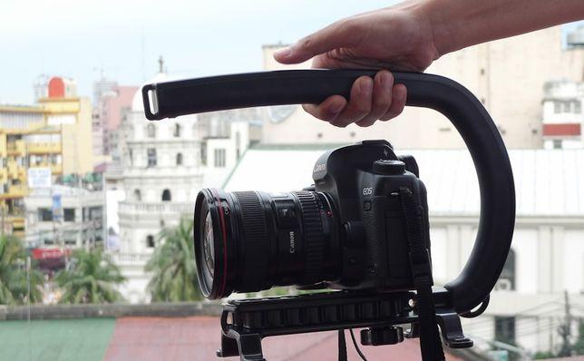 Canon EOS 1100 c/ acessorios caixa etc