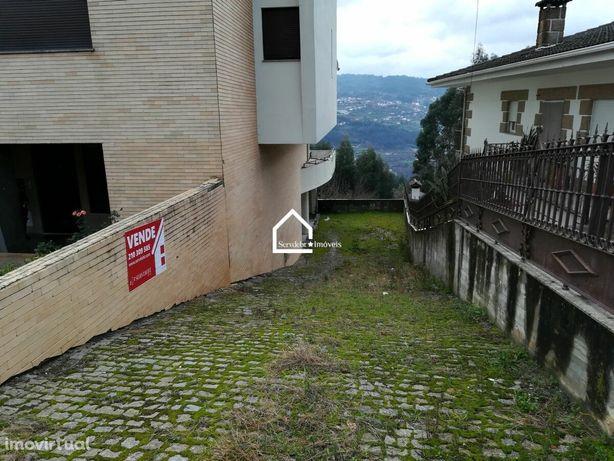 Garagem c/ 1400 m2 em Marco de Canaveses