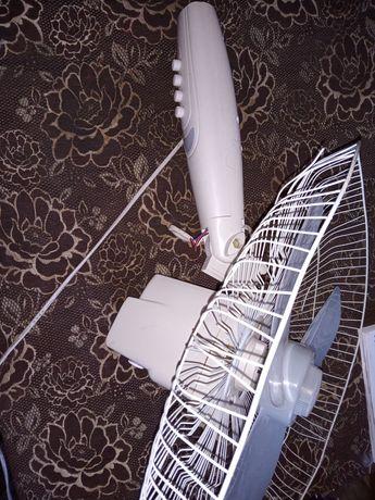Вентилятор напольный Delfa , есть запасной корпус для пропеллера сетка