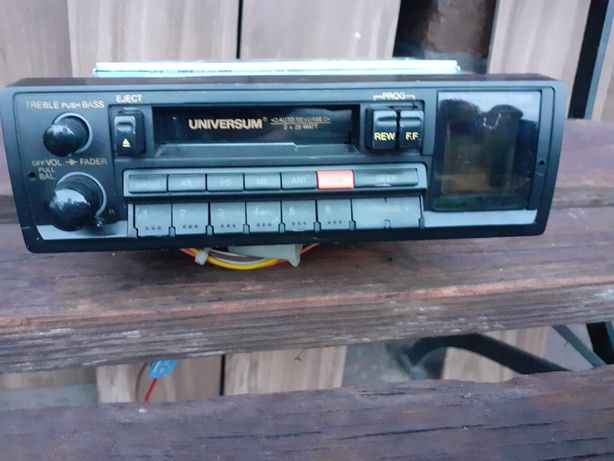 Radio samochodowe UNIWERSUM