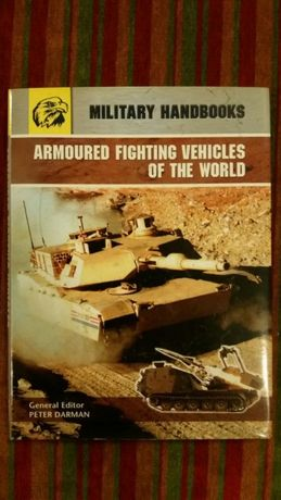 Livro Carros de Combate (Armoured fighting vehicles of the world)