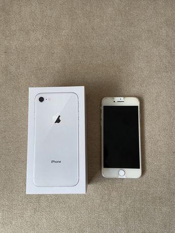 Iphone 8 USADO BOM ESTADO