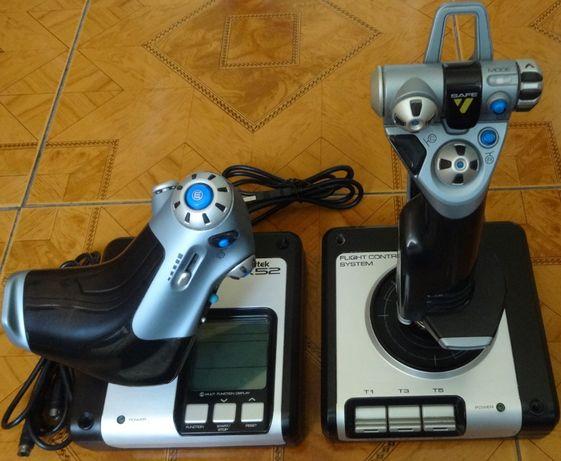 Контроллер для игровых симуляторов Logitech G Saitek X52 Flight Contro