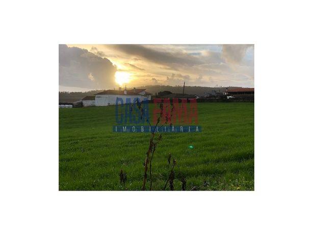 Moradia e terreno para construção em Rates - Póvoa de Varzim