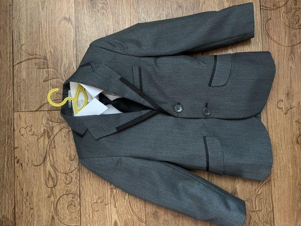 Школьная форма , пиджак , жилетка. Комплект школьный