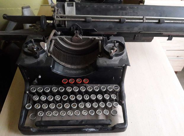 2 maszyny do pisania Olimpia model 8 i Torpedo 6 antyki