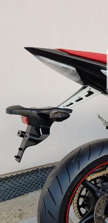 Yamaha R6 RJ15 uchwyt mocowanie tablicy