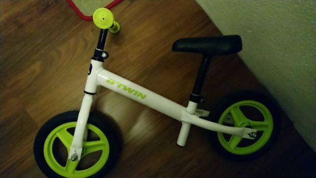 Rowerek biegowy dla dzieci + krzesełko piesek dla dziecka zestaw.