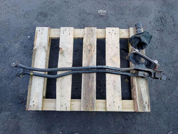Wybierak lewarek zmiany biegów Nissan Almera Tino lift FL 1.8 benzyna