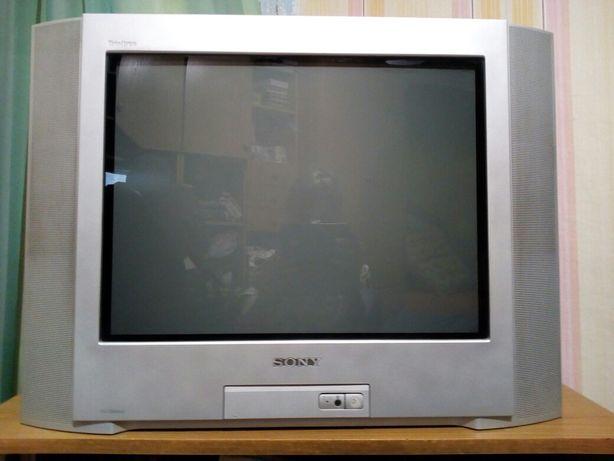 Телевизор Sony(trinitron)