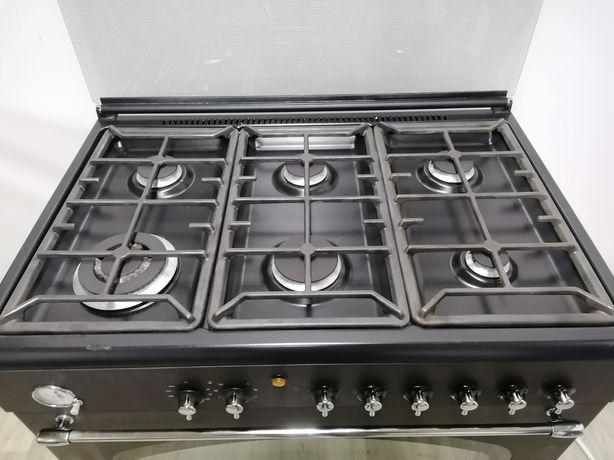 Професійна газова плита на 6 канфорок з електричною духовкою