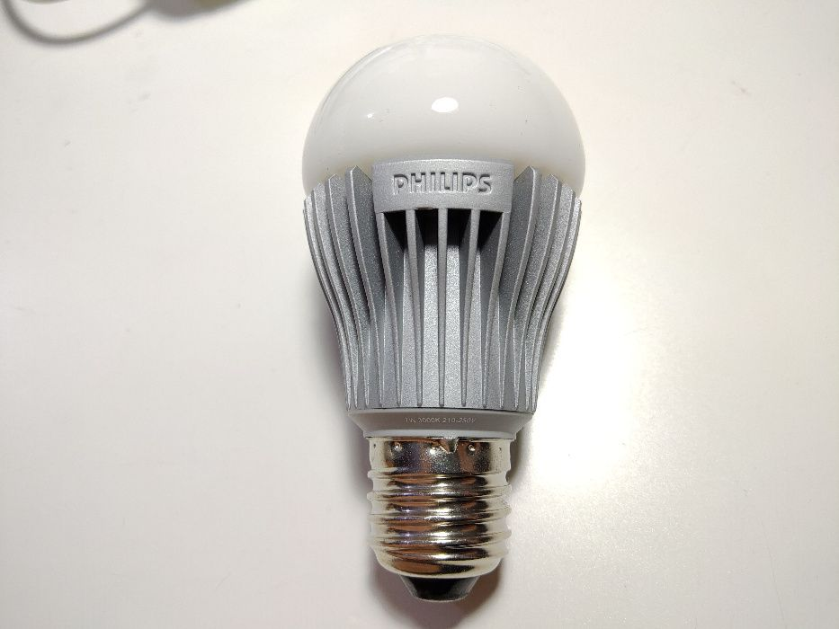 Lâmpadas LED Philips oiginais NOVAS Mangualde, Mesquitela E Cunha Alta - imagem 1