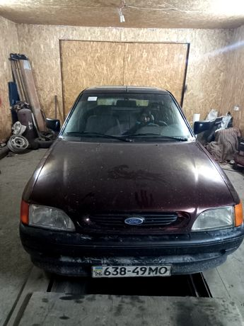 Форд ескорд 1992р.