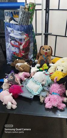 Pluszaki zabawki