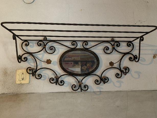 Cabide em ferro vintage