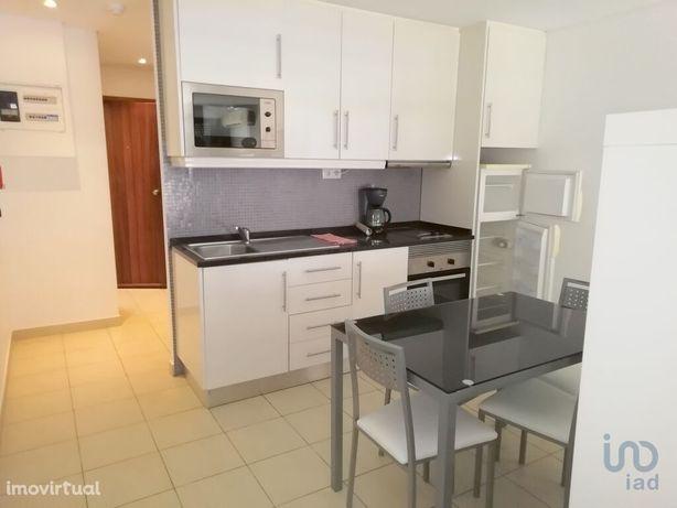 Apartamento - 54 m² - T1
