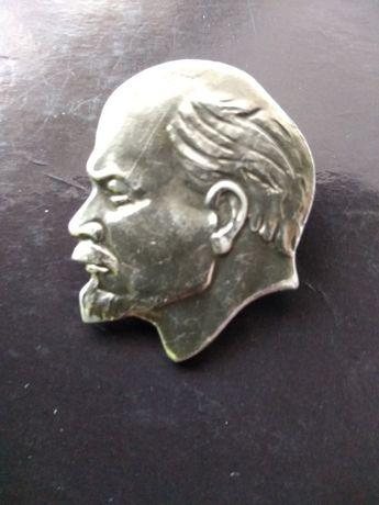 Pamiątkowa zapinka z wizerunkiem Lenina