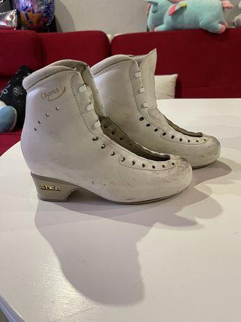 И ботинки Edea chorus 235 размер