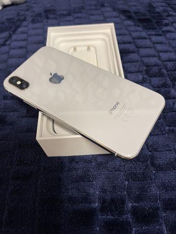 Iphone X  256Gb z polskiej dystrybucji