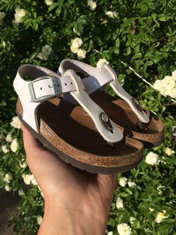 Босоножки,сандали Kipling