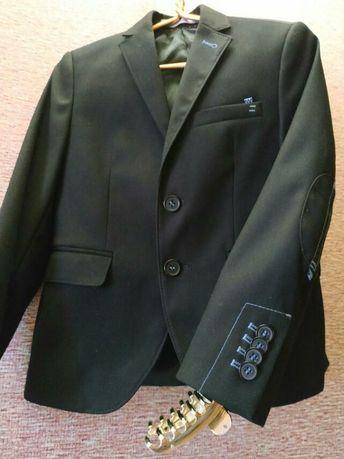 Школьный костюм ТМ Новая форма для мальчика черного цвета