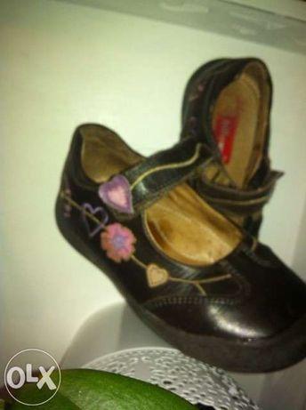 Sapatos nº26 Billowy com flores