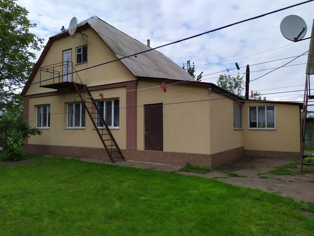 Сдам дом на  осень 7000 грн плюс комуналка.