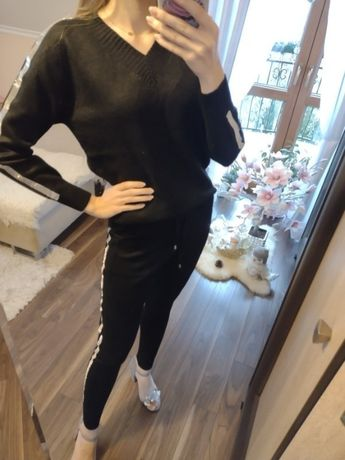 Ekskluzywny czarny komplet sweterkowy lampasy cyrkonie