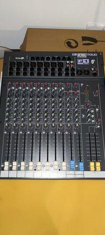 Mesa de mistura Soundcraft sirit F1