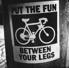 Bicicleta dobrável com pedal assistido