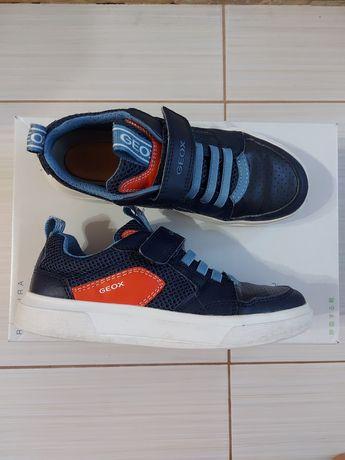 Кеды туфли кроссовки детские для школьников Geox  33 р.