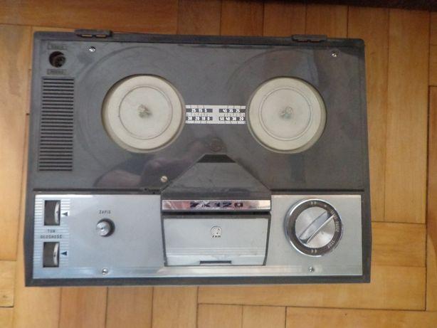 Magnetofon taśmowy Grundig ZK 120
